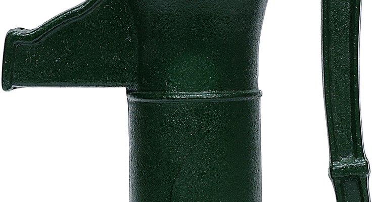 Las bombas de agua manuales están diseñadas para durar y funcionarán hasta que la fuente de agua esté completamente vacía.