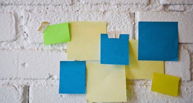 Las notas adhesivas ayudan a organizar un juego rápido.
