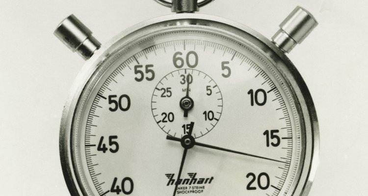 Existem dois tipos principais de cronômetros, os analógicos tradicionais possuem um grande ponteiro que gira no sentido horário