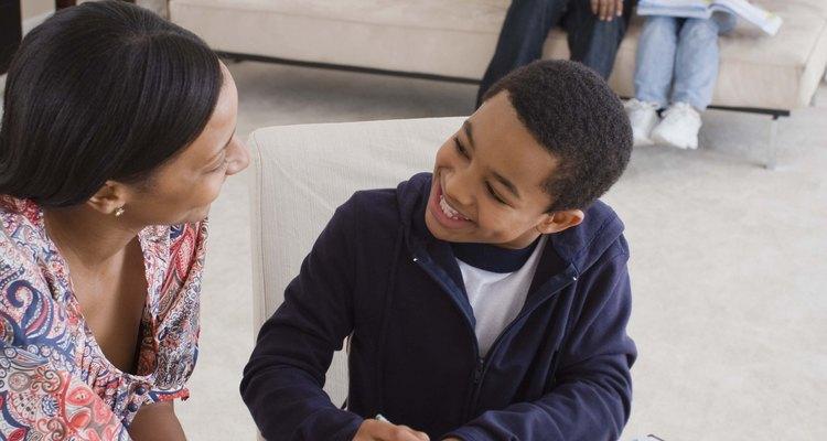 Criar uma linha do tempo com seu filho proporcionará a ele um melhor conhecimento sobre sua identidade