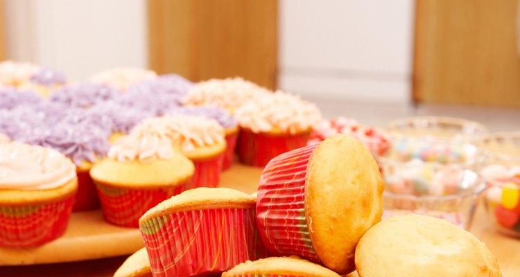 Guarda las tortas y magdalenas antes de glasearlas adecuadamente para evitar su deterioro.