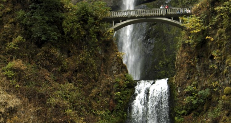 No te pierdas Multnomah Falls durante tu estancia en Troutdale.
