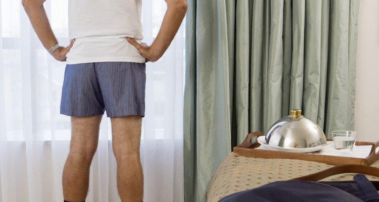Cómo ajustar la ropa interior para hombres.