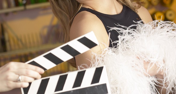 Dress up as a specific actress to be glamorous.