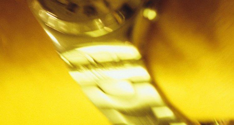 Los relojes Citizen Eco-Drive de hombres y mujeres se alimentan de la luz natural y artificial.