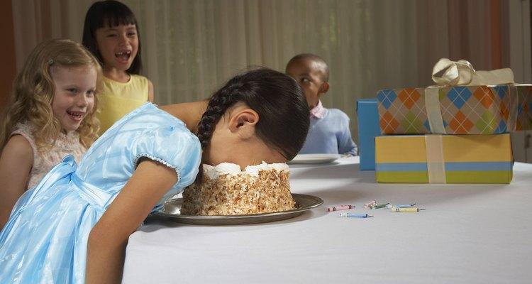 Hornea pasteles rápidamente.