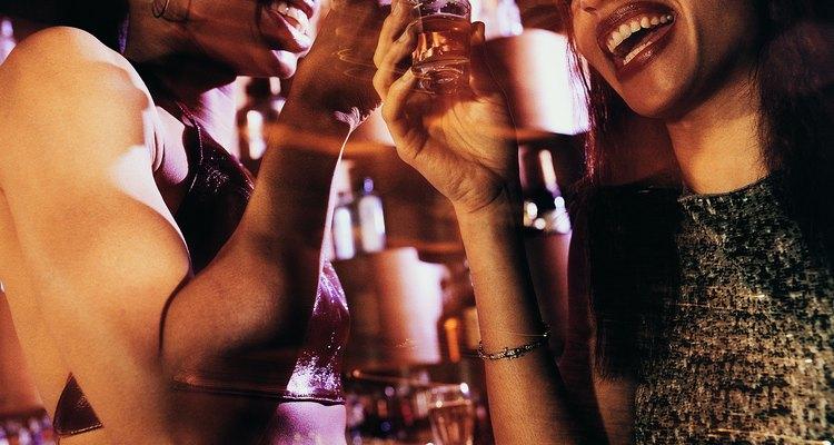 É importante manter um ambiente divertido e agradável numa despedida de solteira