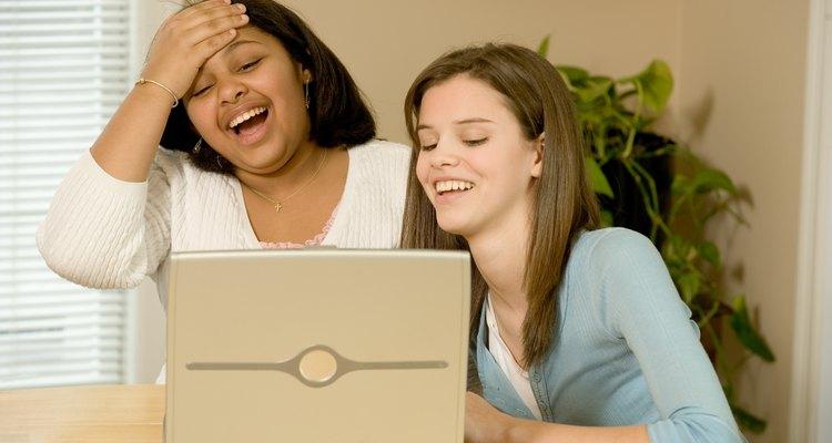 No IMVU, um usuário pode rastrear o outro para descobrir se ele está on-line e disponível para conversar