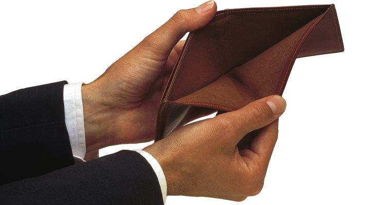 A pesar de que no puedas cubrir el aumento del costo de lo más elemental, tu empleador no está obligado a darte un aumento.