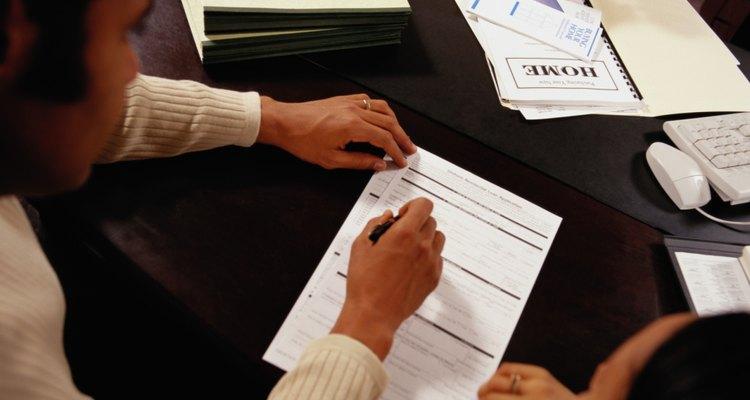 O balanço patrimonial de uma empresa geralmente está no site de relação com investidores da companhia