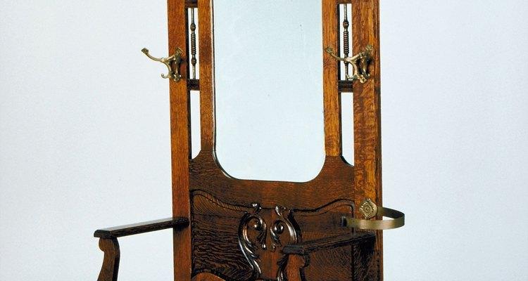 No llenes agujeros en antigüedades sin consultar a un reparador de antigüedades.