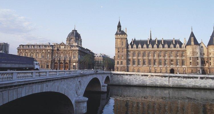 """""""Conciergerie"""", um palácio transformado em prisão"""