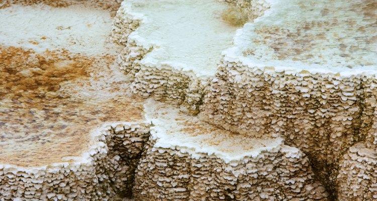 Depósitos de minerales en Yellowstone Park.