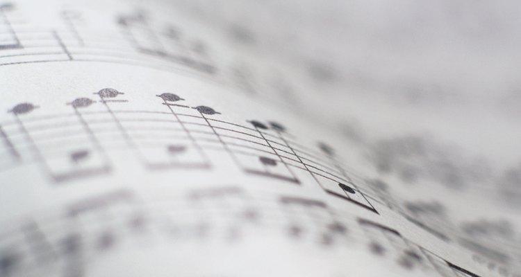 Aquí hay varias ideas para comenzar a crear tu habitación musical.