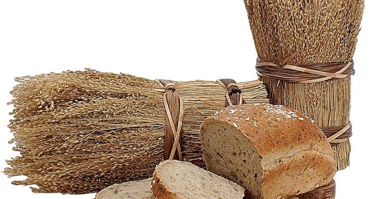 Añade semillas de chía a tus recetas de panificados para darle más fibra y proteínas.