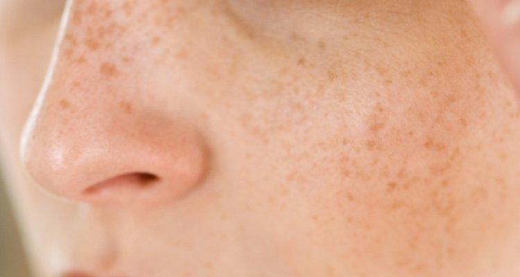 Puedes espesar las cejas sin maquillaje.