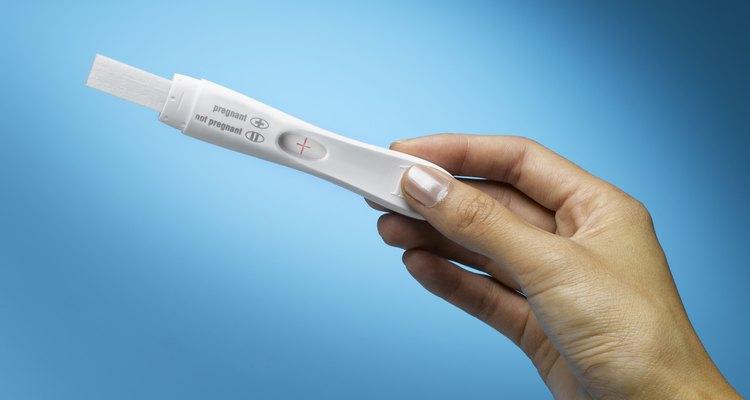 A veces una prueba positiva de embarazo termina con una adopción.
