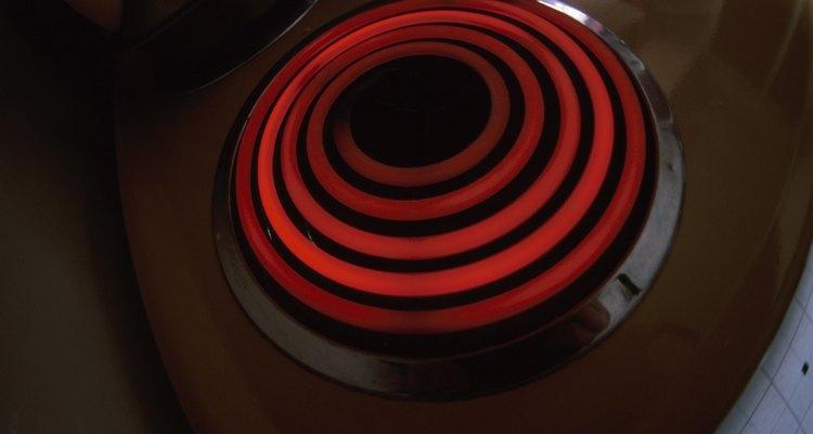 Asegúrate de que usas tu cocina eléctrica GE correctamente para asegurar su longevidad.