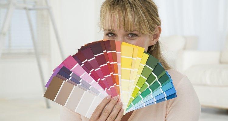 Considera el color que te gustaría que tuviera el monograma.