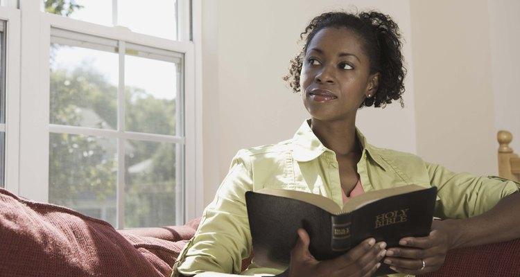 Las mujeres de la Biblia son ejemplos para las mujeres.