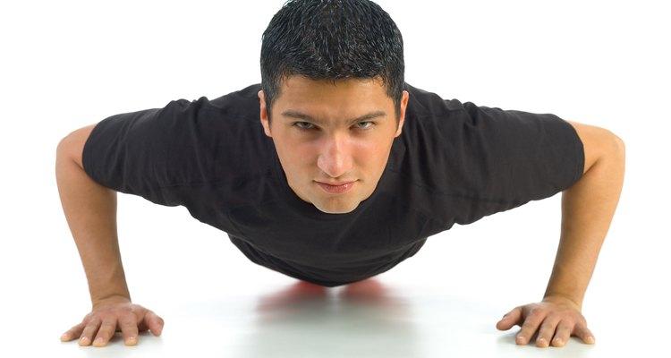 Estralos no cotovelo durante flexões são comuns