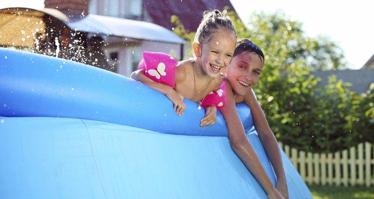 Aquí te mostramos cómo tratar el agua de una piscina inflable.