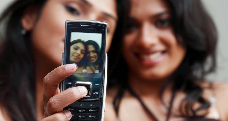 Peça a um amigo para tirar uma foto boba sua