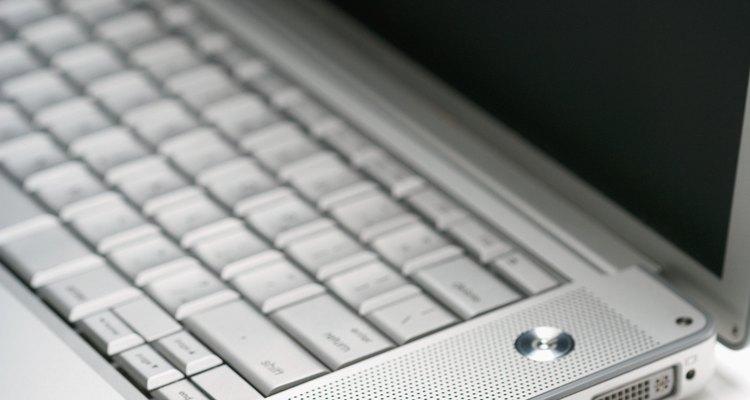 Os computadores usam vários tipos de conexão, mas quase todos podem ser conectados a uma rede.