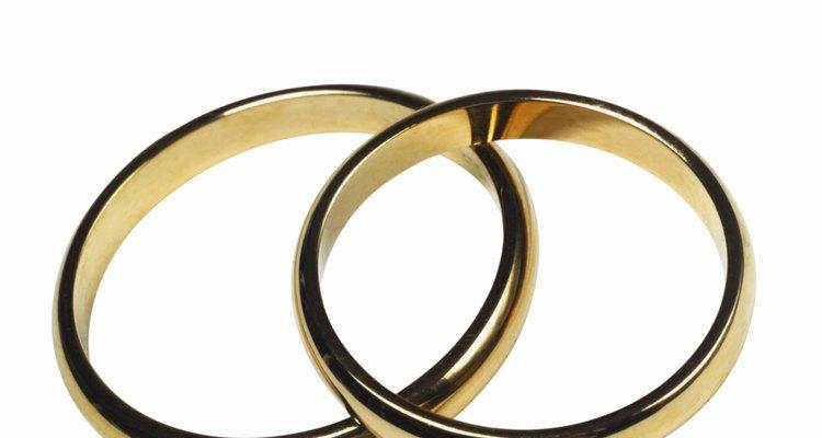 Recupere a aparência de sua aliança de casamento