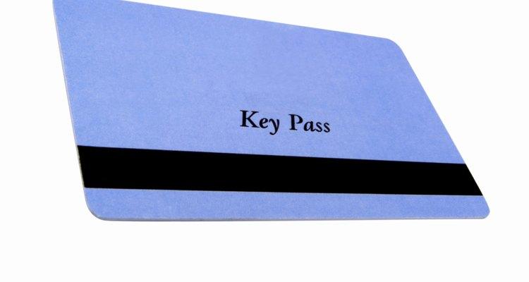 Fitas magnéticas podem ser encontradas em chaves de hotéis e cartões de crédito e débito