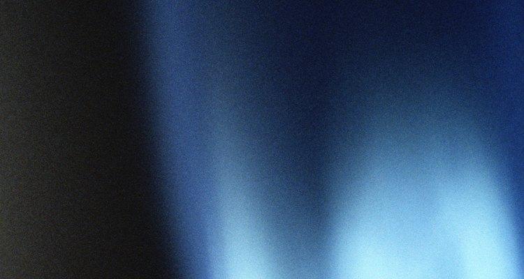 Un calentador de gas debe emitir una llama azul clara y constante.