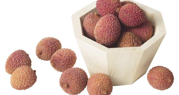 As lichias são frutas saudáveis, mas devem ser consumidas com moderação