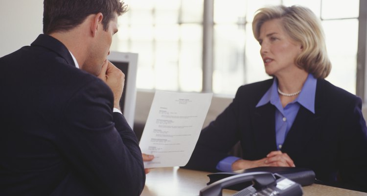 Uno de los principales beneficios para el empresario es que la empresa no tiene que gastar tiempo entrevistando a los posibles candidatos o lanzar campañas sobre la disponibilidad de trabajo.