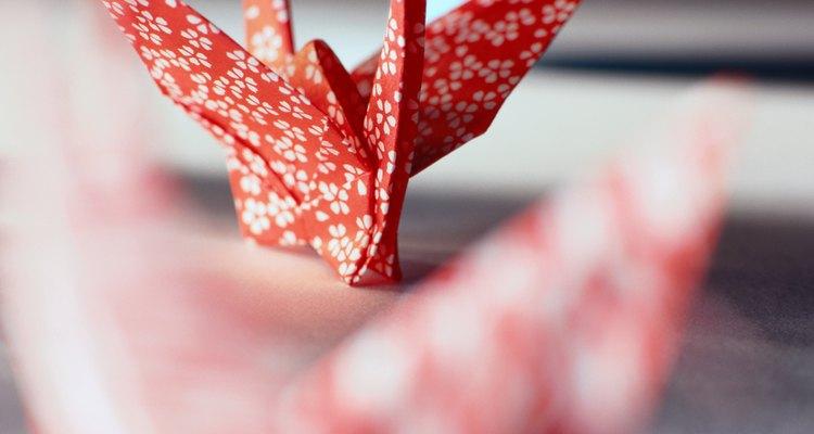 Tsurus de papel podem conter uma mensagem escondida