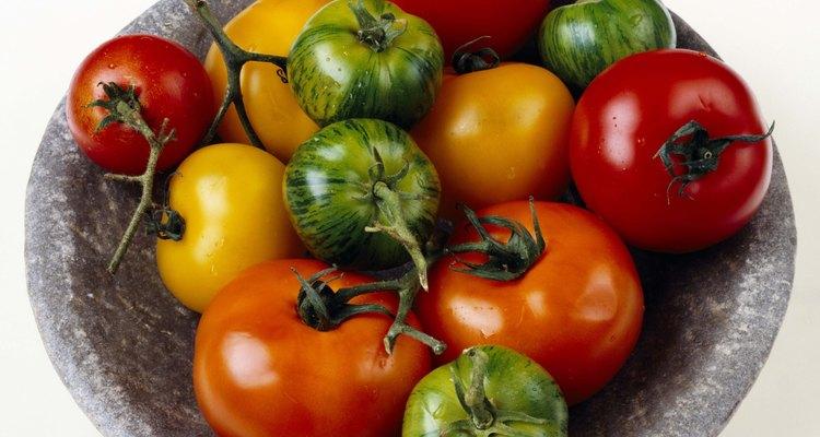 Los tomates amarillos tienen un sabor dulce y fuerte.