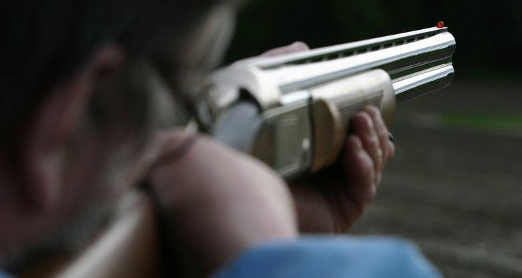 La identidad de la víctima determina si un acto de homicidio es asesinato.