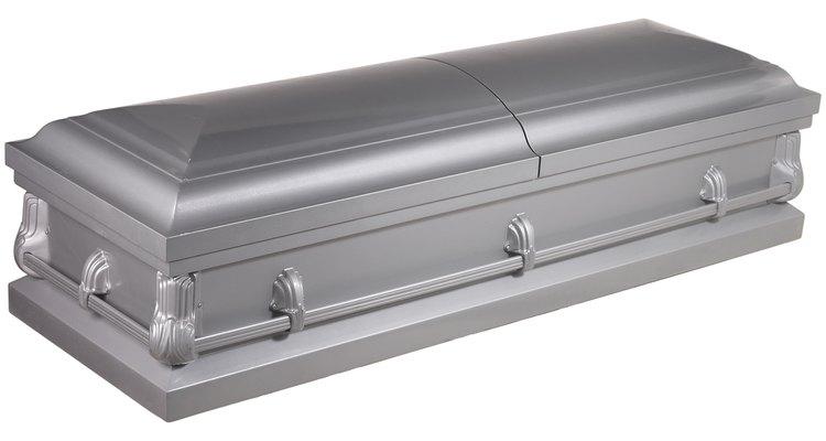 Dar a conocer una muerte es un tradición para que las personas puedan llorar y asistir a los servicios.