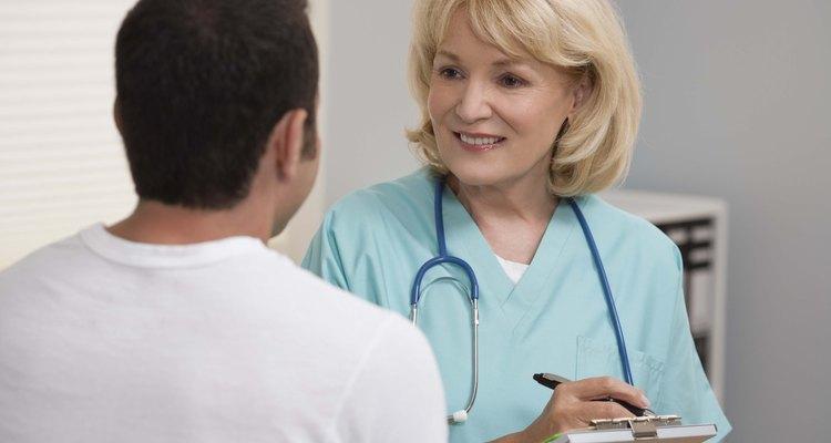 Estudia los aspectos básicos de la enfermería en tu artículo.