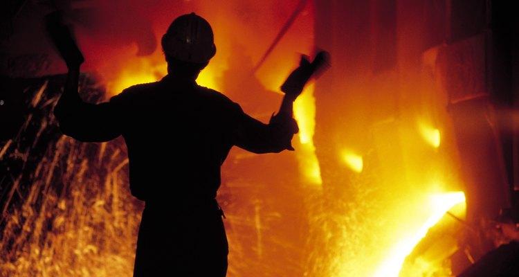 Os EUA se baseou em acordos voluntários de restrição de exportação para proteger a indústria siderúrgica nacional da concorrência estrangeira