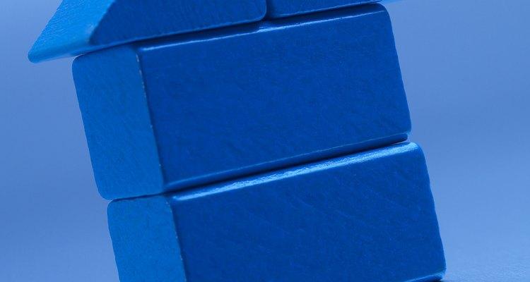Os blocos são perfeitos para mostrarem às crianças o formato tridimensional