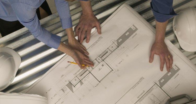 Crea tus diagramas usando un software especializado.