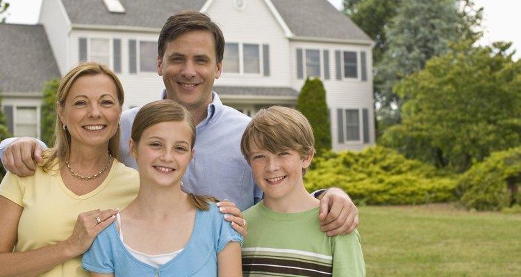 El domicilio es el lugar en donde habitan una o más personas.