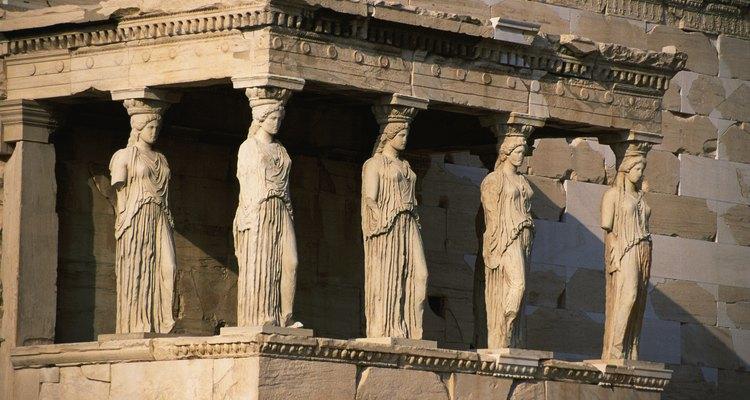 A cultura grega influenciou mais do que apenas a arquitetura - as histórias e lendas podem ser encontradas em nossos produtos também.