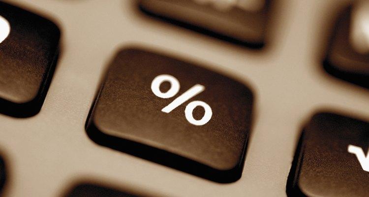 Converta as porcentagens em valores decimais para facilitar a soma