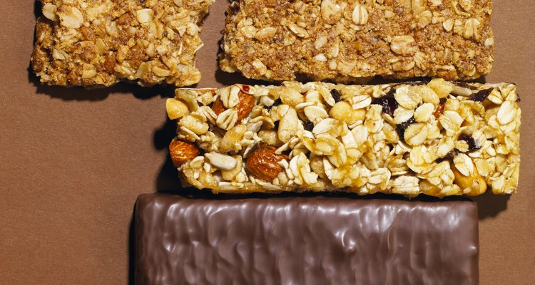 Protein bars that are low in sugar make healthy snacks.