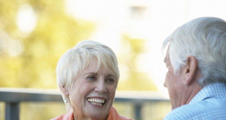 Brinque com atividades para uma festa de aniversário de 70 anos