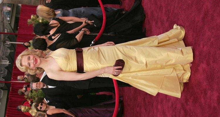 Cate Blanchett usou um vestido sob medida da grife Valentino