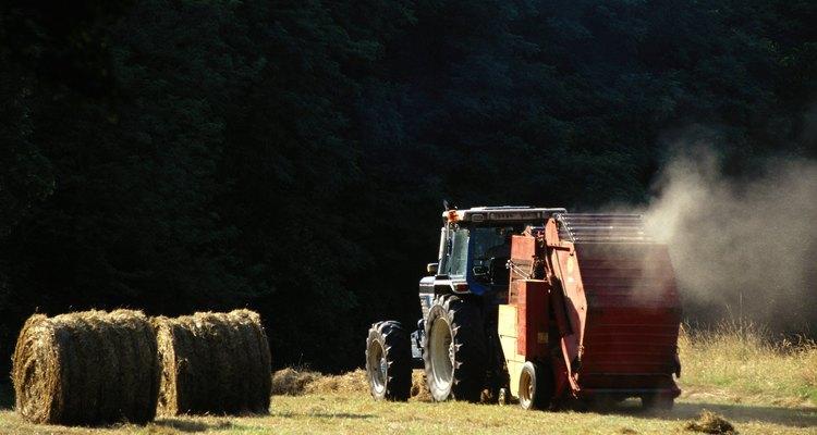 La preparación de la tierra para cultivo requiere de tiempo, organización y trabajo duro.