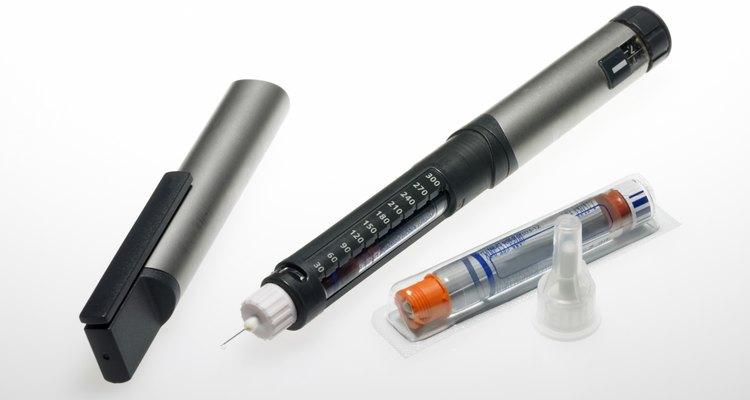 Los diabéticos pueden requerir inyecciones de insulina.