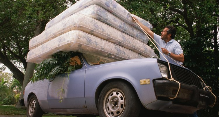 Conoce cuál es el peso de tu colchón queen antes de la mudanza o de enviarlo por paquetería.